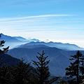 玉山前峰遙望東南方