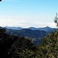 西方隱約可見鹿林山天文台