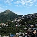 眺望基隆山與九份山城