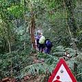 尾寮山步道7K,陡坡危險