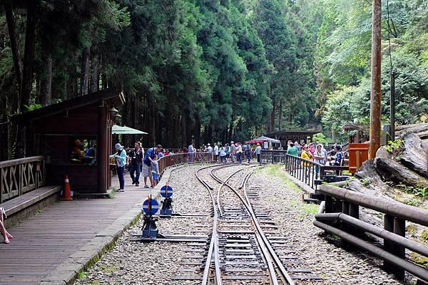 神木車站遊客眾多