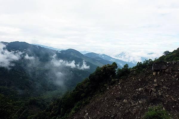 第1號明隧道眺望對山風景