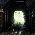 第4號隧道(全長12公尺;海拔2343公尺)