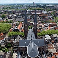 東南方俯瞰教堂尖塔