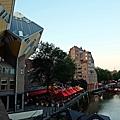 方塊屋後方緊鄰Oude Haven