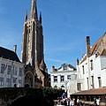 聖母教堂與遊河風景