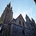 聖母教堂正面