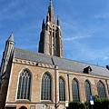 聖母教堂側門入口
