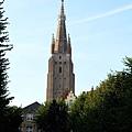 晨曦中的聖母教堂