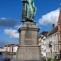 Jan van Eyck雕像