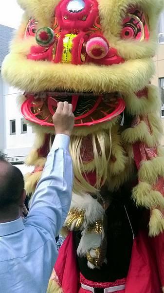 東京中華學校舞獅