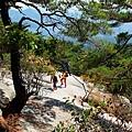 歇腳石坡的登山客