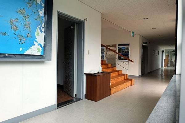 紀念館內樓梯間