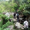 巨石岩塊山徑