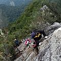 攀岩下山路線