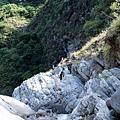往太古拉筏瀑布上方
