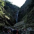 前往瀑布「大貼壁」