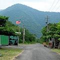 林務局小木屋前往中央號誌站之路