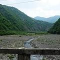 橋上看枋山溪方向