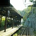 電車出極樂寺洞回到極樂寺站
