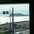江之島電車內看江之島