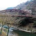 又見「JR嵯峨野線」鐵橋橫跨保津川