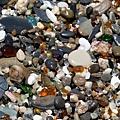 海灘上海玻璃繽紛