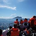 搭船前往龜山島途中