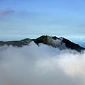 竹子山從雲海露出