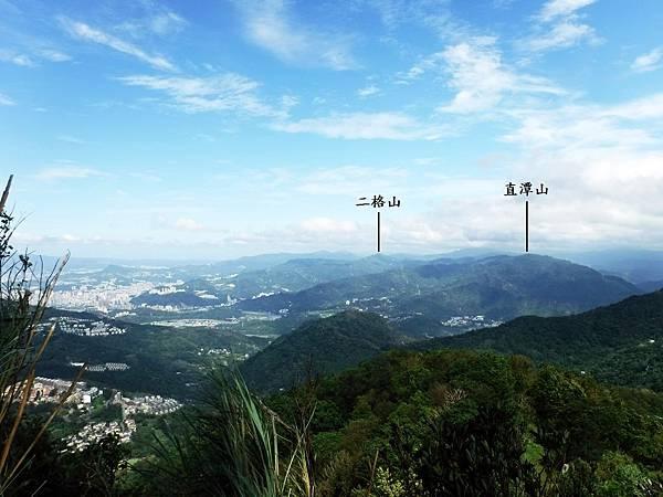 獅崖展望點看直潭山、二格山