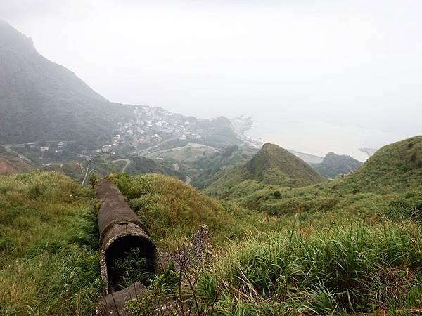 「長仁三號煙管」俯瞰陰陽海方向