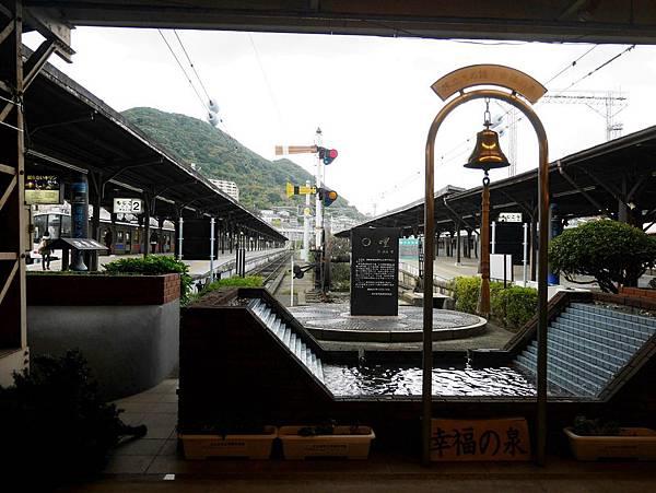 門司港駅九州鐵道0哩紀念碑與幸福之泉