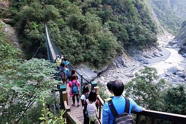 錐麓吊橋(約H250m)