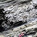 南化大地谷壯觀地層下留影