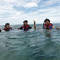 浮潛海面留影