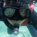 浮潛中留影