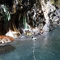 栗松溫泉在對岸