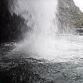 體驗飛龍瀑布水落震撼