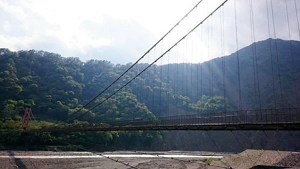 阿瓦係吊橋