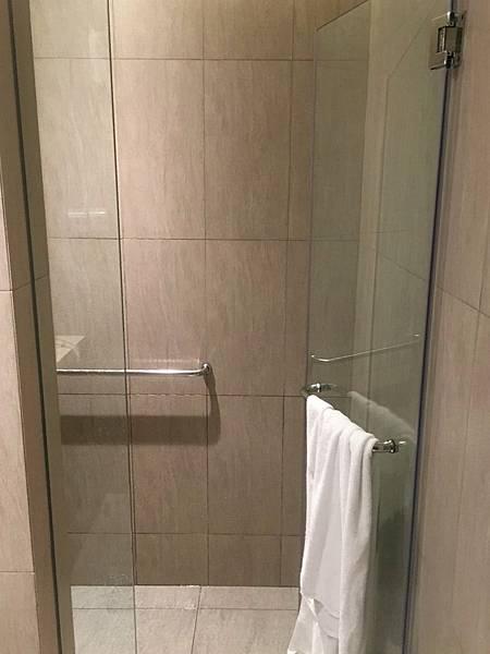 沐浴間@樟宜機場環亞貴賓室