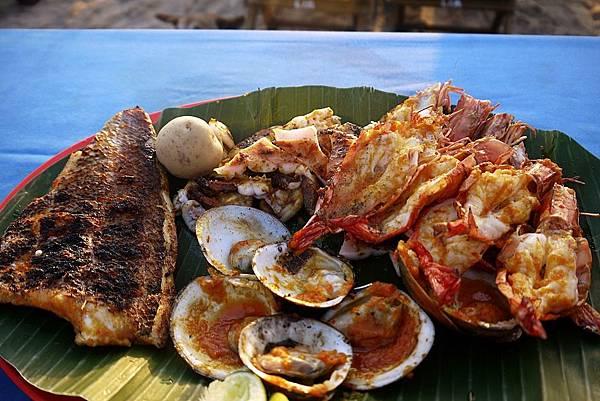 沙灘夕陽海鮮BBQ
