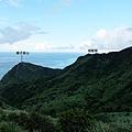 東邊海岸稜線藍天白雲