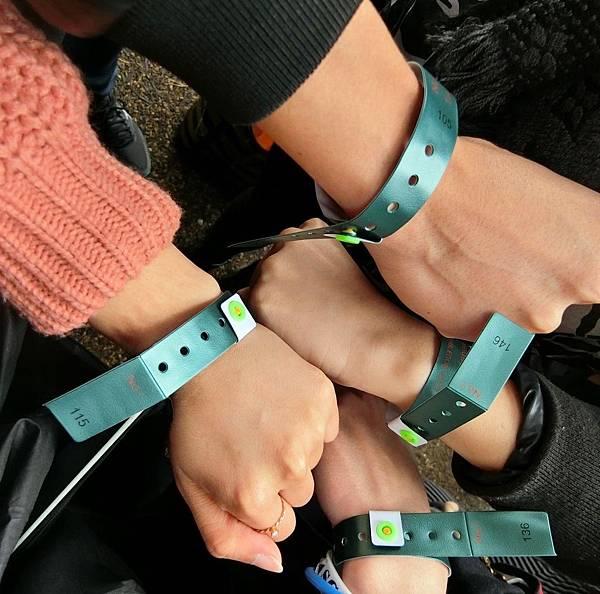 Court 1 綠色手環
