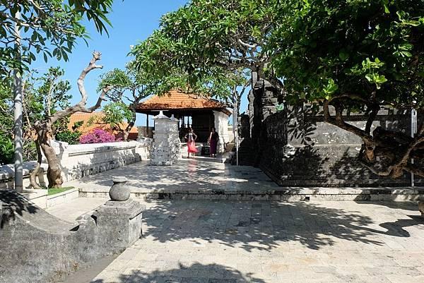 烏魯瓦圖神廟周邊