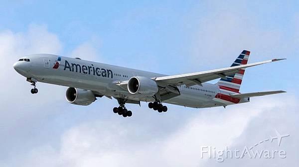 美國航空Boeing 777-300ER