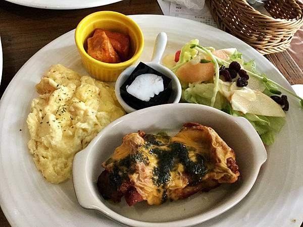 早午餐-法式吐司 起司雞腿排