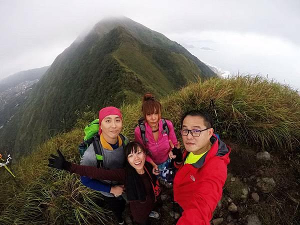 雷霆峰登頂與基隆山稜合影