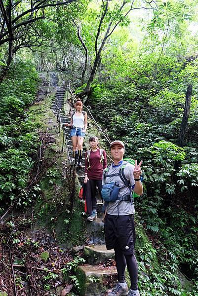 孝子山登山步道留影