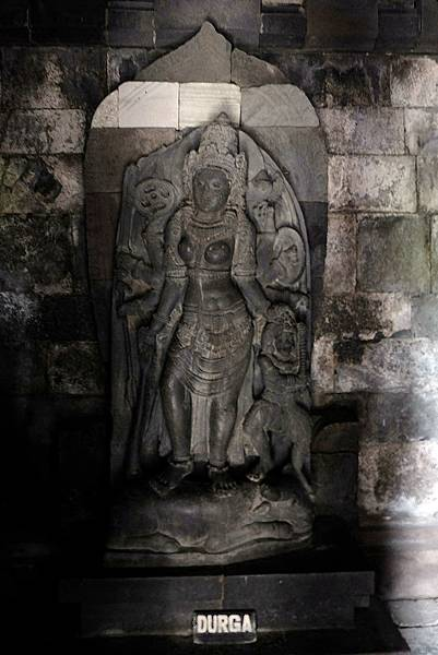 濕婆之妻難近母(Durga)神像