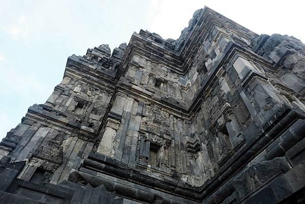 仰望濕婆廟高壁